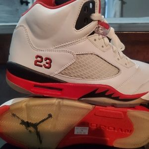 2006 Retro Jordan 5's (Fire Red)